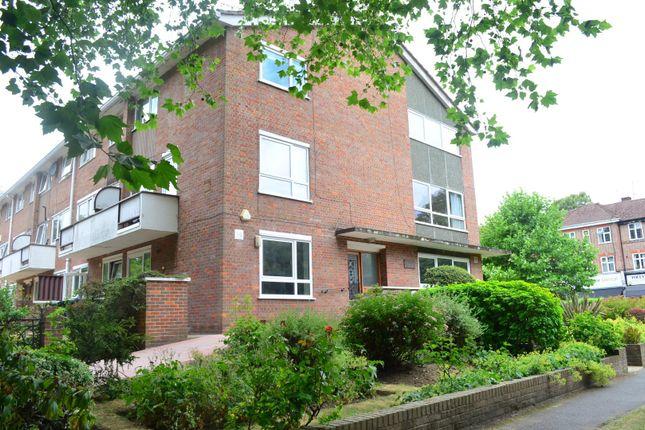 Thumbnail Maisonette to rent in Main Avenue, Moor Park
