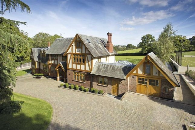 Thumbnail Detached house for sale in Vineyards Road, Northaw, Hertfordshire