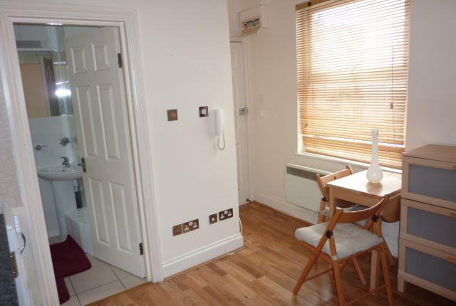 Thumbnail Studio to rent in Willesden Lane, Kilburn