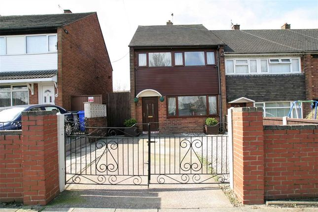 Thumbnail Town house for sale in Dividy Road, Bentilee, Stoke-On-Trent