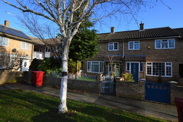 Thumbnail Property to rent in Marescroft Road, Slough