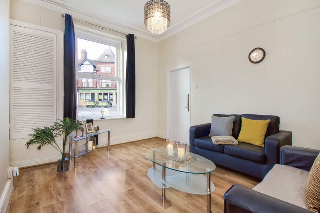 Thumbnail Flat to rent in Flat 1, 1 Victoria Road, Hyde Park