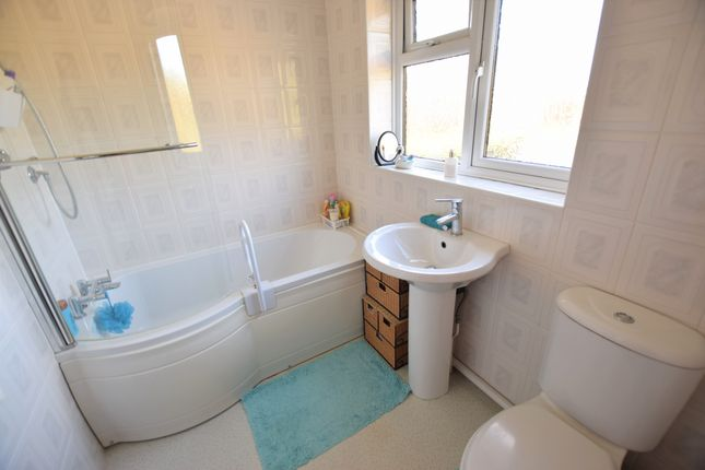 Bathroom of Hodcombe Close, Eastbourne BN24