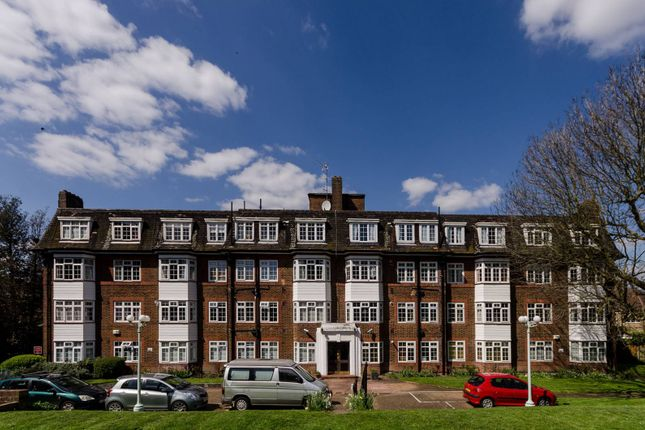 Thumbnail Flat for sale in Denmark Hill, Denmark Hill