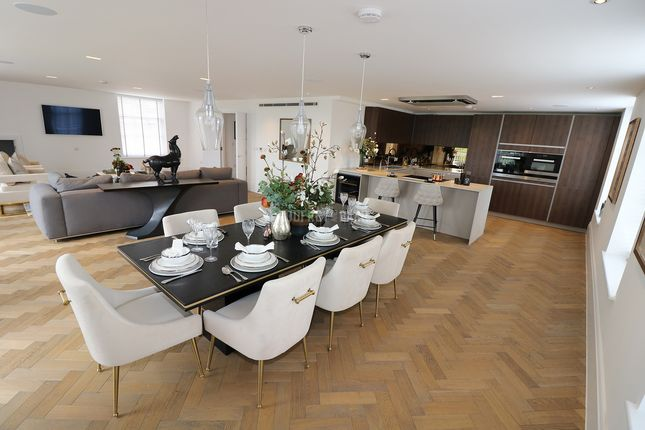 Thumbnail Flat for sale in The Paddocks, Frith Lane, London
