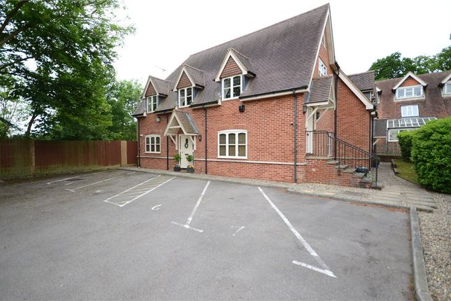 Thumbnail Flat for sale in The Old Chapel, Chapel Lane, Spencers Wood