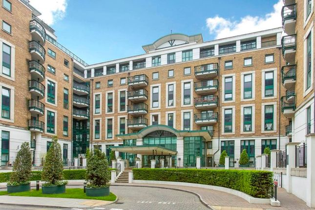 Thumbnail Flat for sale in Warren House, Beckford Close, London