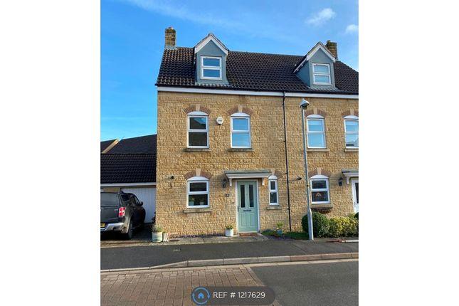 Thumbnail Semi-detached house to rent in Avenue De Gien, Malmesbury