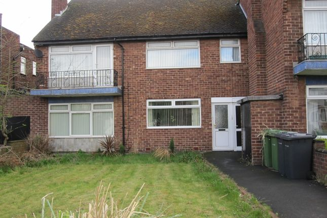 Thumbnail Flat to rent in Aintree Court, Aintree
