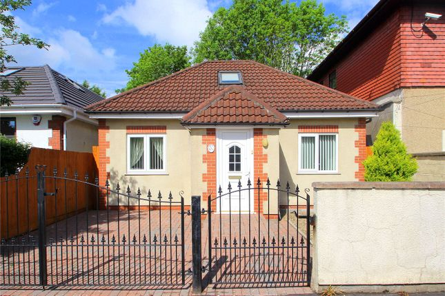 2 bed detached bungalow for sale in Clinton Road, Bedminster, Bristol