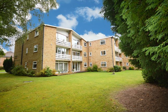2 bed flat for sale in Louise Court, Portway Close, Solihull