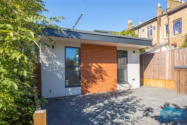 Thumbnail Bungalow for sale in Torrington Grove, North Finchley, London