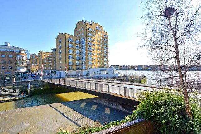 Thumbnail Property for sale in Goodhart Place, London