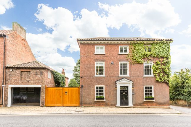Thumbnail Detached house for sale in No.1 Yorkshire, 1 South Parade, Bawtry, Doncaster, South Yorkshire
