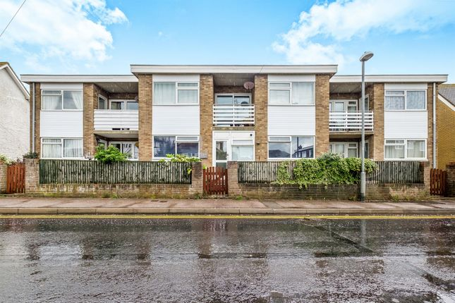 Thumbnail Flat for sale in Coast Road, Pevensey Bay, Pevensey