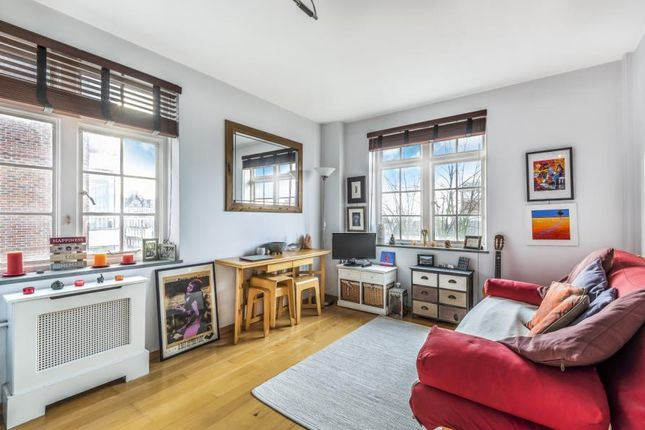 Property for sale in Langford Court, London