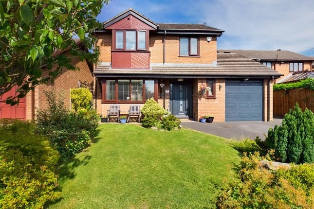 Thumbnail Detached house for sale in Shade Avenue, Springhead, Oldham