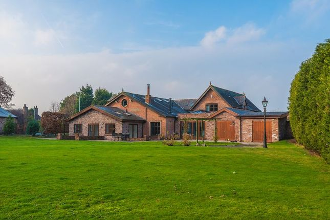 Thumbnail Barn conversion for sale in Halsall Road, Halsall, Ormskirk