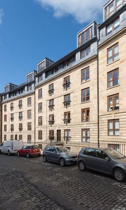 Thumbnail Flat to rent in St Stephen Street, New Town