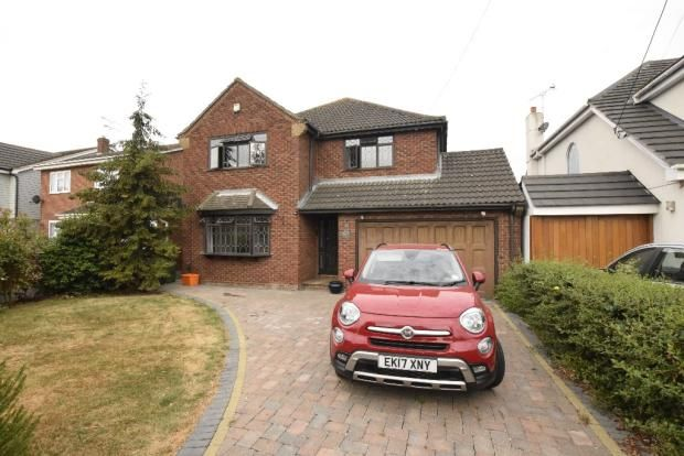 Thumbnail Detached house to rent in Kings Road, Basildon