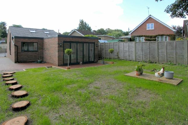 Thumbnail Bungalow for sale in Branksome Close, Chilbolton