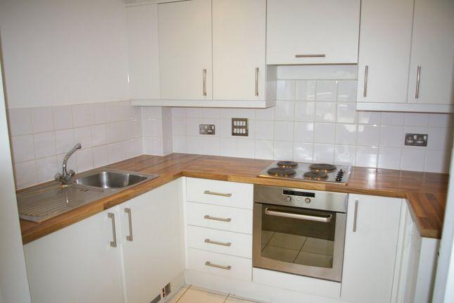 Thumbnail Flat to rent in Wooldridge Close, Bedfont Lakes, Feltham