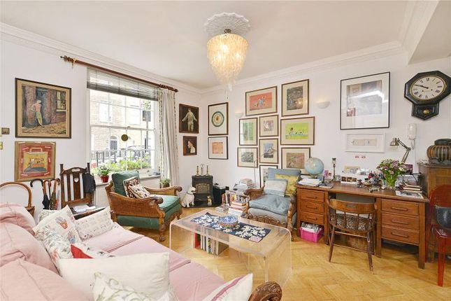 Thumbnail Terraced house for sale in Star Street, London
