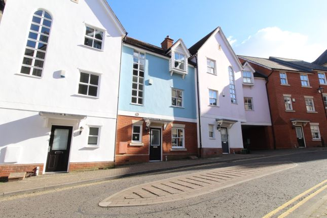 4 bed town house to rent in St. Marys Fields, Colchester CO3