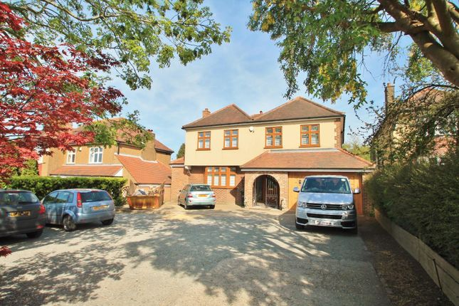 Thumbnail Detached house for sale in The Parade, Valley Drive, Gravesend
