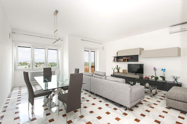 3 bed apartment for sale in Rome Rm, Italy