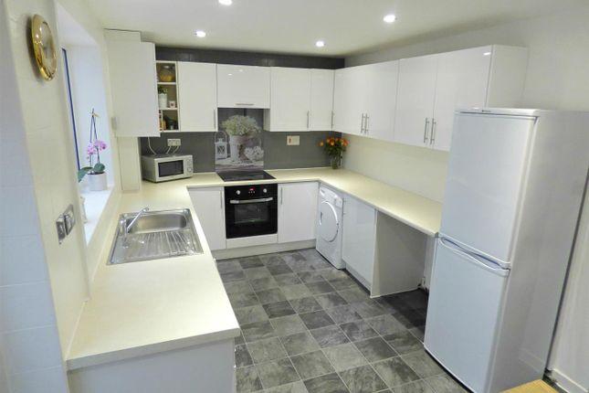 Kitchen 1 (Edited)