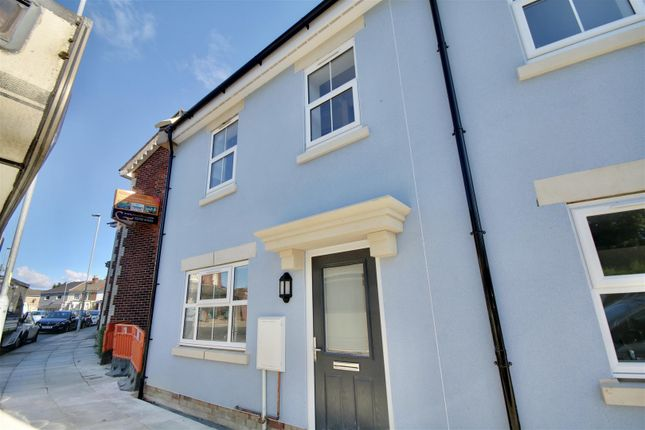 2 bed town house for sale in New Road, Portsmouth PO2