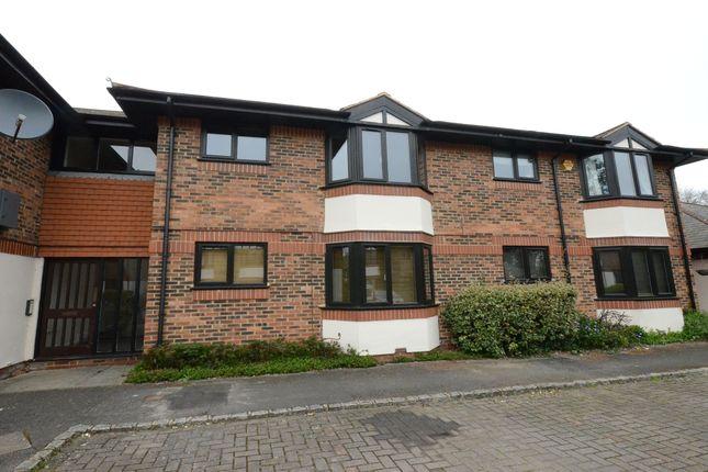 Thumbnail Flat to rent in Waterside Court, Fleet