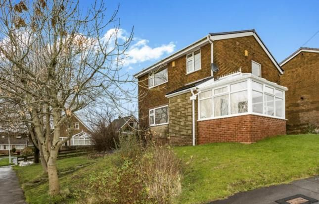 Thumbnail Detached house for sale in Richmond Avenue, Burnley, Lancashire