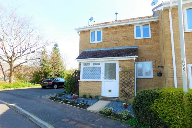 Thumbnail Terraced house to rent in Oakley Gardens, Upton, Poole