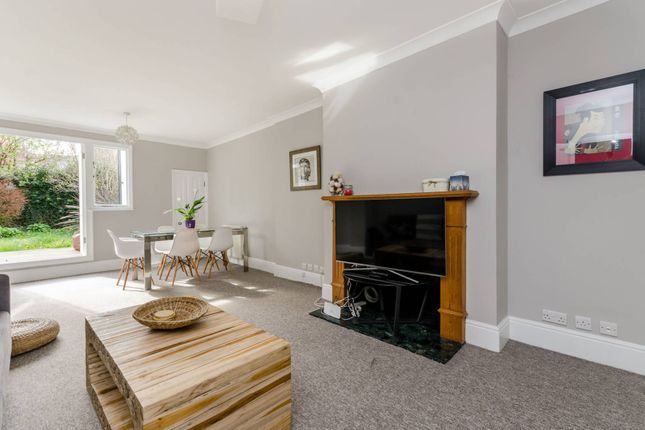 Thumbnail Flat to rent in Walham Grove, Fulham Broadway, London