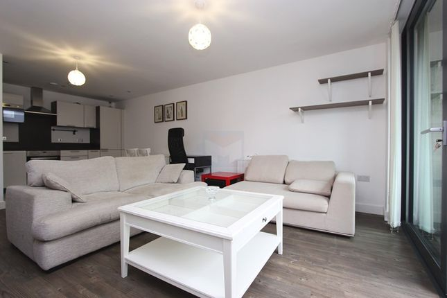 Thumbnail Flat to rent in Vancouver House, Maple Quays