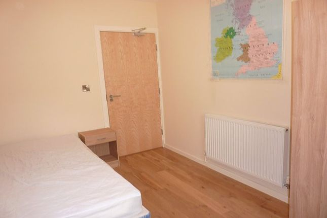 Thumbnail Property to rent in Portland Crescent, Manchester