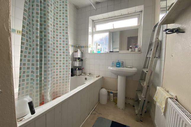 Bathroom of Sterling Avenue, Edgware HA8
