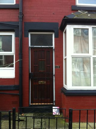 4 bed terraced house to rent in Bayswater Terrace, Leeds