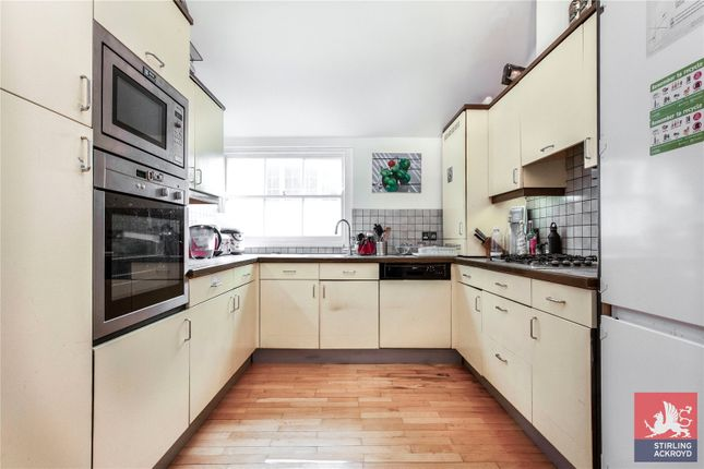 Kitchen of Johns Mews, London WC1N