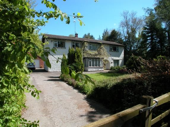 Thumbnail Detached house for sale in Street Hey Lane, Willaston, Cheshire