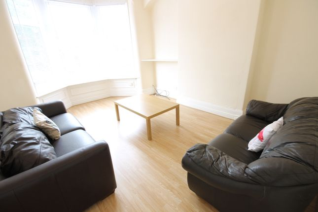 Thumbnail End terrace house to rent in Headingley Avenue, Headingley, Leeds