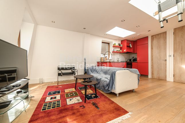 Thumbnail Flat to rent in Renfrew Road, London
