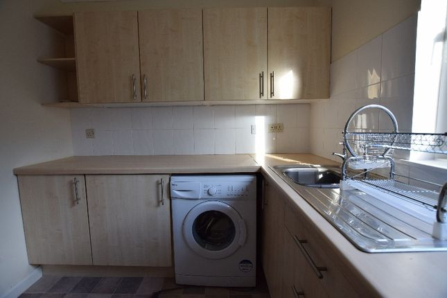 Thumbnail Flat to rent in Causeway Court, Fairlie, North Ayrshire