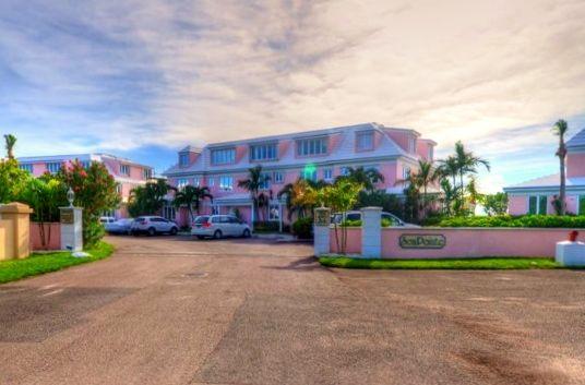 Lynden Pindling International Airport, Windsor Field Road, Nassau, The Bahamas