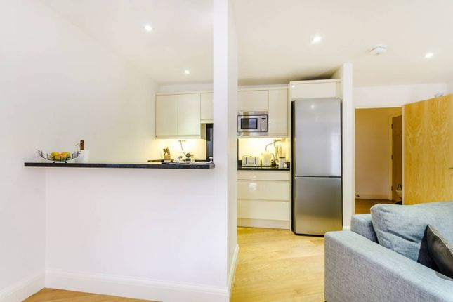 Thumbnail Flat to rent in Surbiton Hill Road, Surbiton