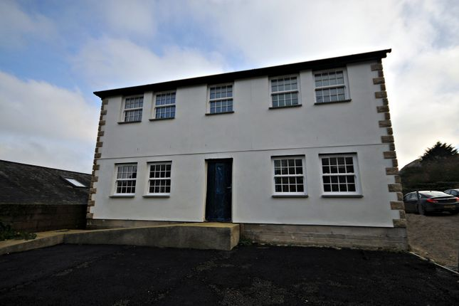 2 bed flat for sale in New Street, Penryn, Cornwall TR10