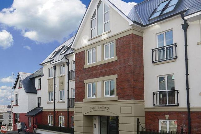 Thumbnail Flat to rent in Royal Building, Onchan