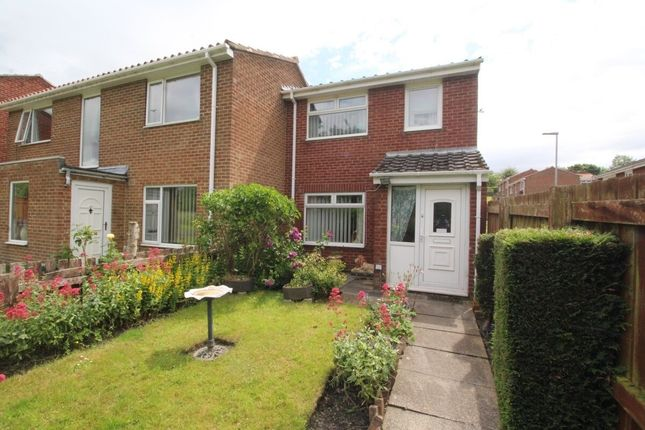 3 bed semi-detached house to rent in Bracken Close, Stanley DH9